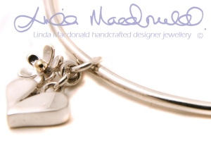 Linda MacDonald - Elegant jewellery with a feminine touch, inspired by the natural world