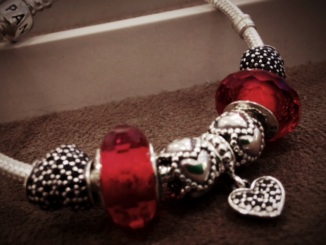valentines bracelet from pandora